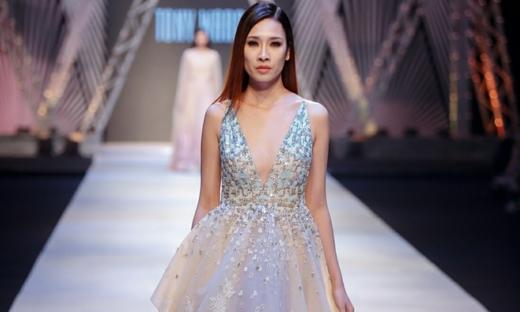 2017/18秋冬[Tony Ward]越南時裝發布會